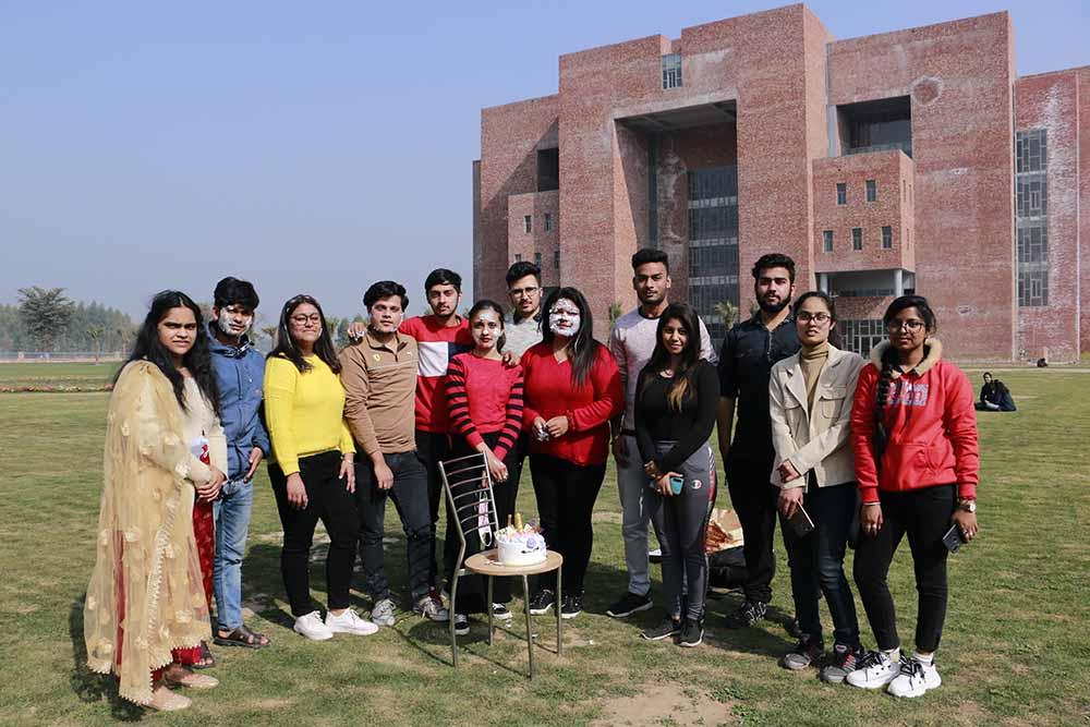 Birthday-Celebration-in-Campus